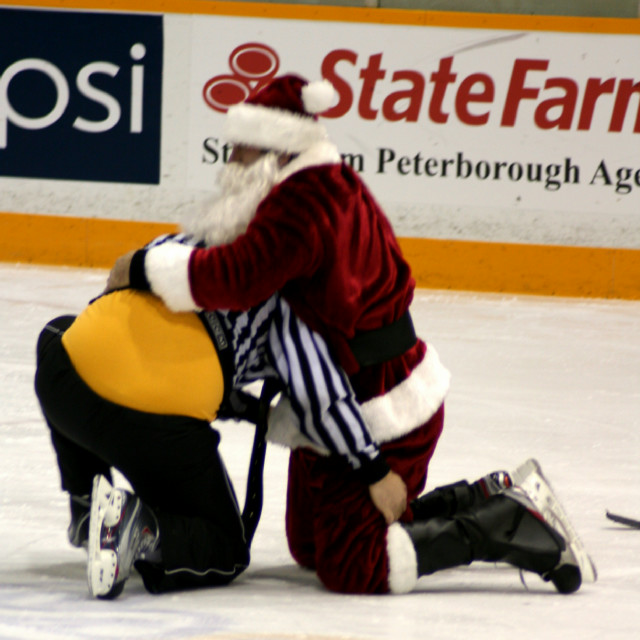 12-19-2013-_future_petes_game_(299).jpg