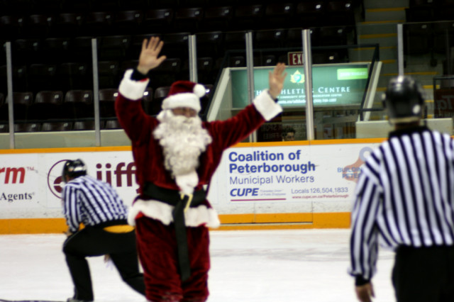 12-19-2013-_future_petes_game_(303).jpg