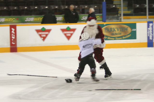 12-19-2013-_future_petes_game_(314).jpg